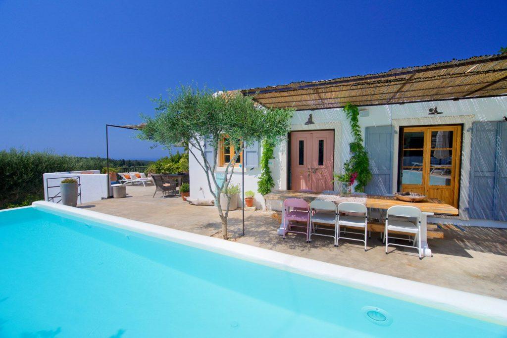 avenue-orchard-cottages-pool-exterior-jpg-jpg