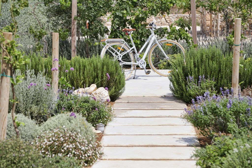 beautiful-villa-greece-sea-views-open-planned-swimming-pool-luxury-garden-1-jpg-jpg