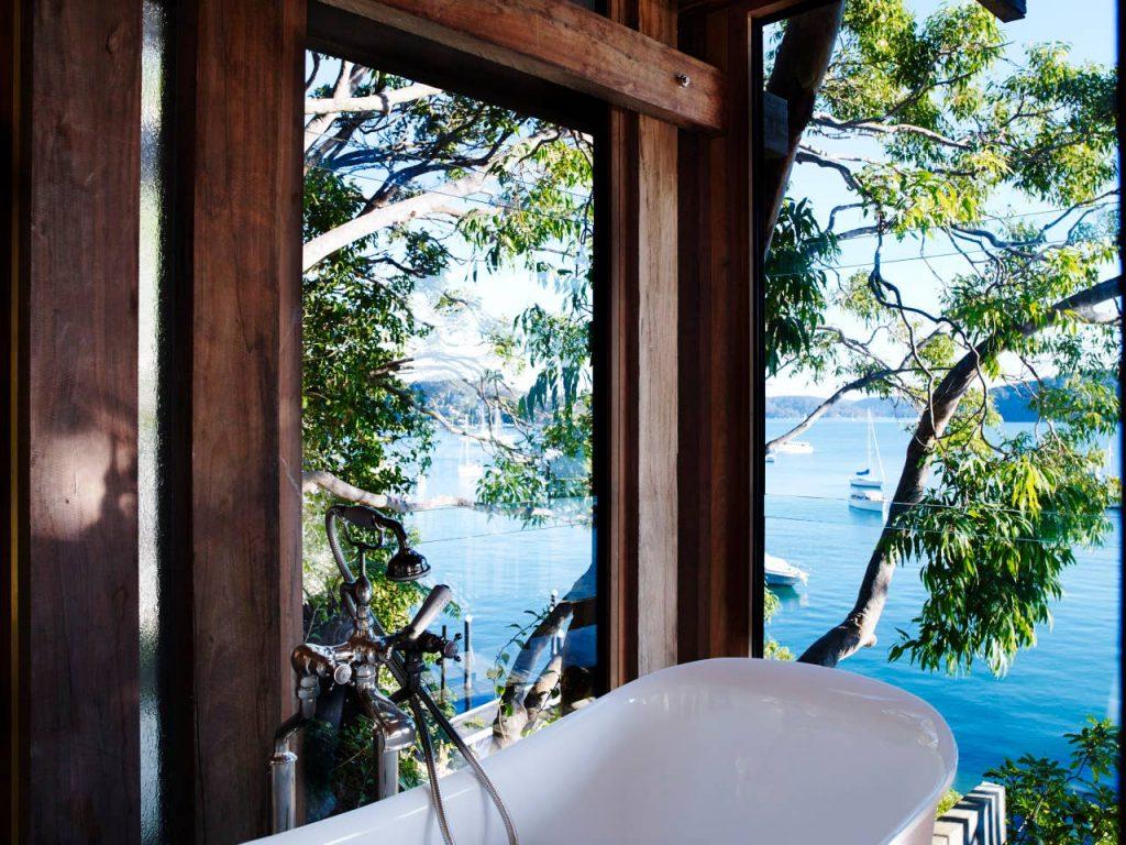 gaelforce-australia-waterfront-house-bath-with-a-view-2-jpg-jpg
