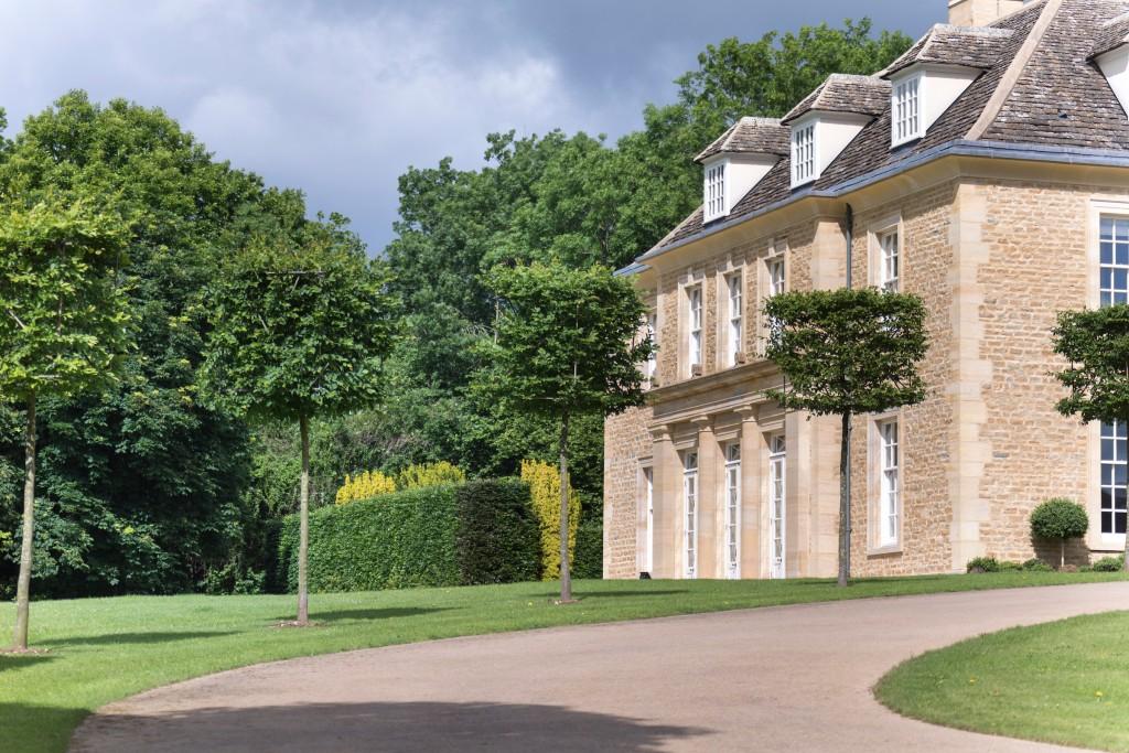 the-manor-exterior-2-jpg-jpg-2