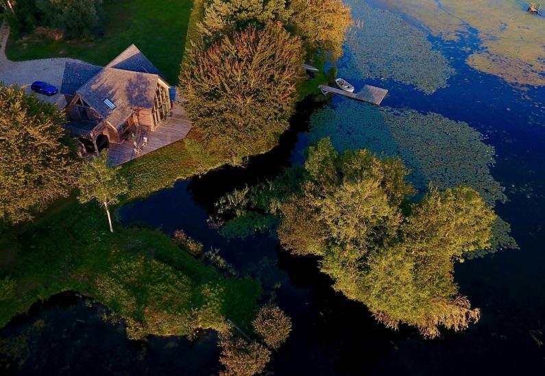 beautiful-house-lake-house-main-1-jpg-jpg-3