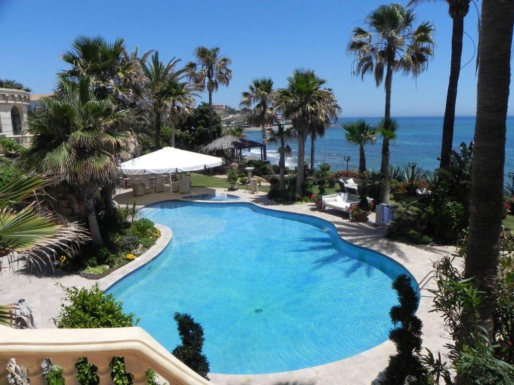villa-moana-pool-1162235201760b32091b7cae-jpg