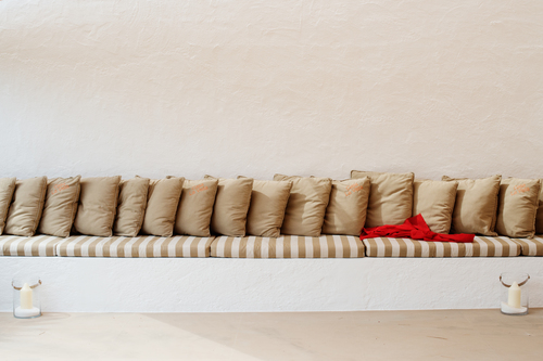 chill-out-sofa-162235231260b321b81157e-jpg