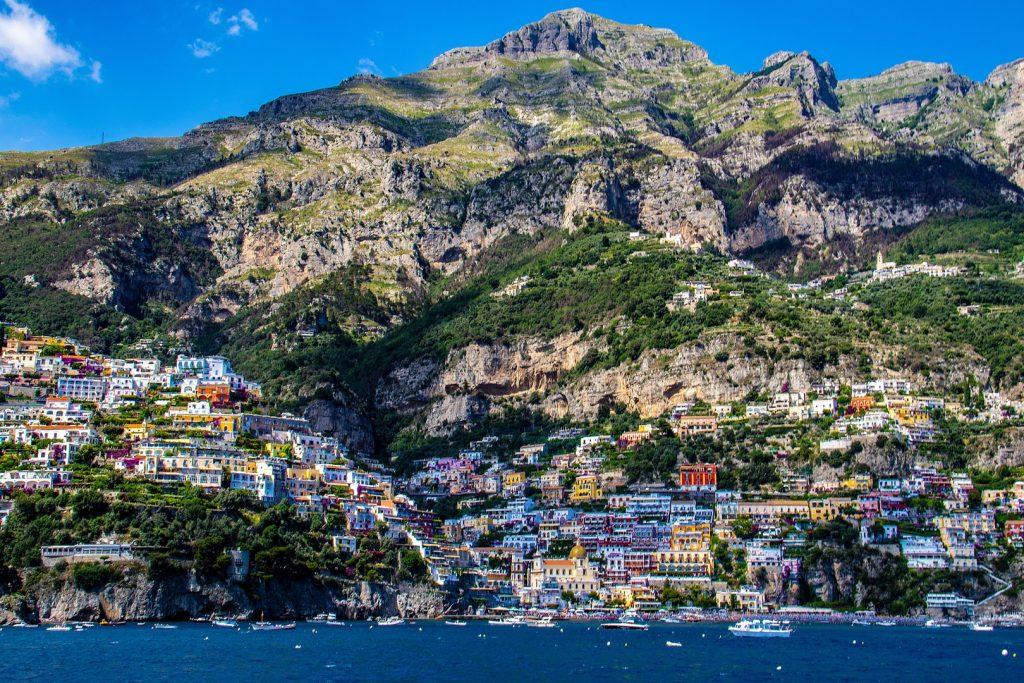 amalfi-coast-things-to-do162237148860b36ca071cd6-jpg