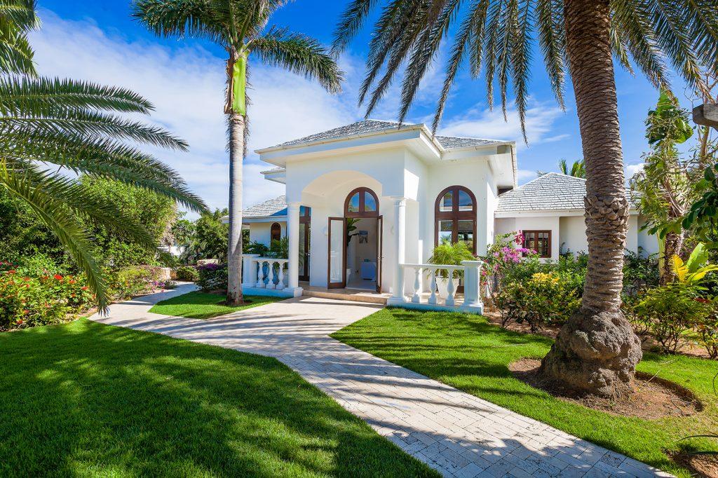 luxury-beach-house-anguilla-indigo-exterior-1-162237615660b37edc139e4-jpg