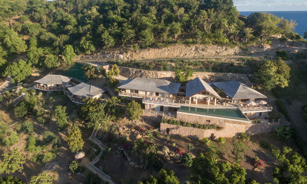 antuigua-beach-house-windward-landing-cover-1162239376660b3c3a6d7019-png