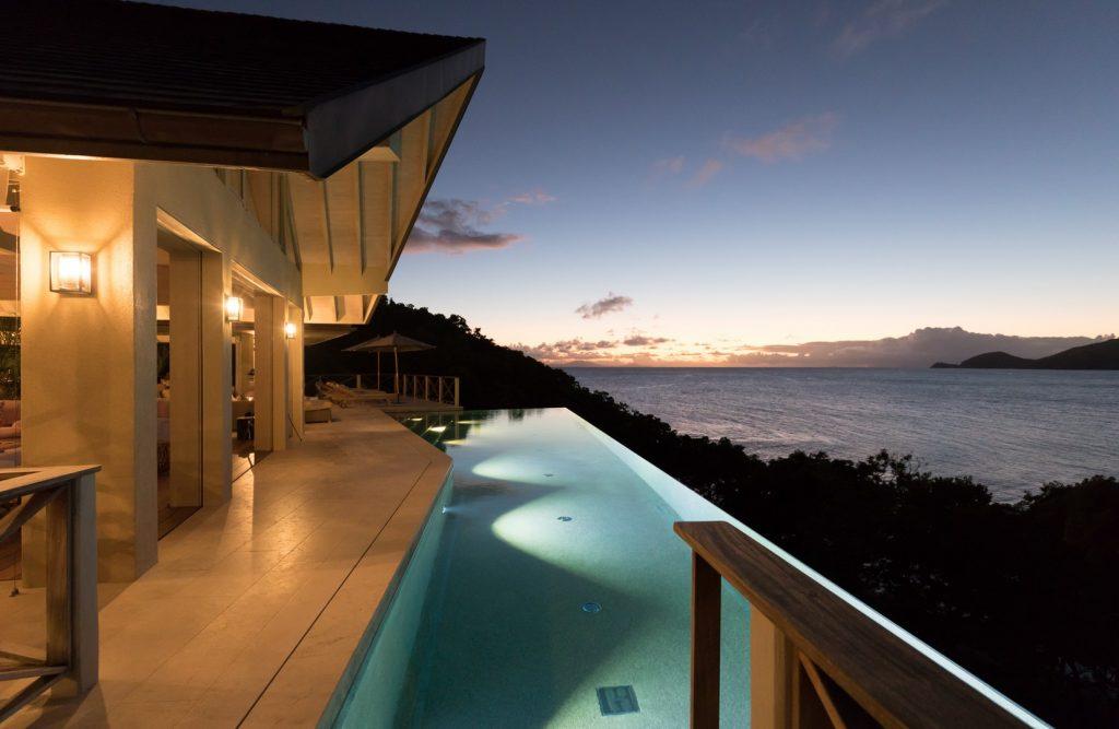 antuigua-beach-house-windward-landing-cover-7162239379160b3c3bf4a911-jpg