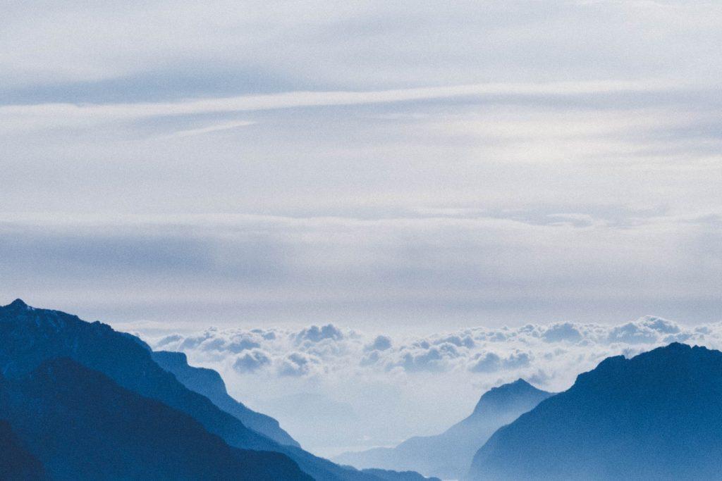 mountains-162239385860b3c40220575-jpg