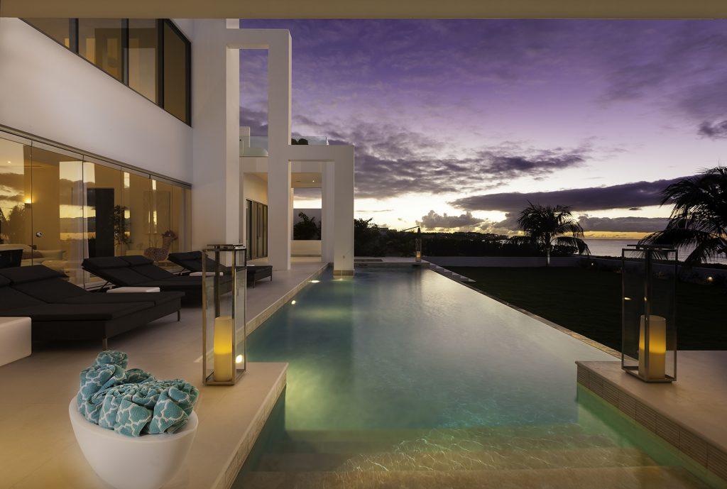 luxury-beach-house-anguilla-swimming-pool-night-1-162239391960b3c43f9eb1c-jpg