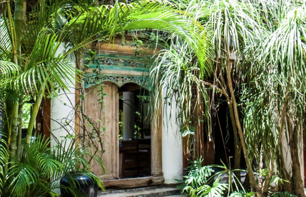 luxury-costa-rican-beach-house-main-ecterior-3162244807360b497c906aa2-png