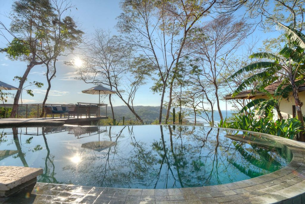 luxury-villa-costa-rica-pool-2162244921560b49c3f7126a-jpg