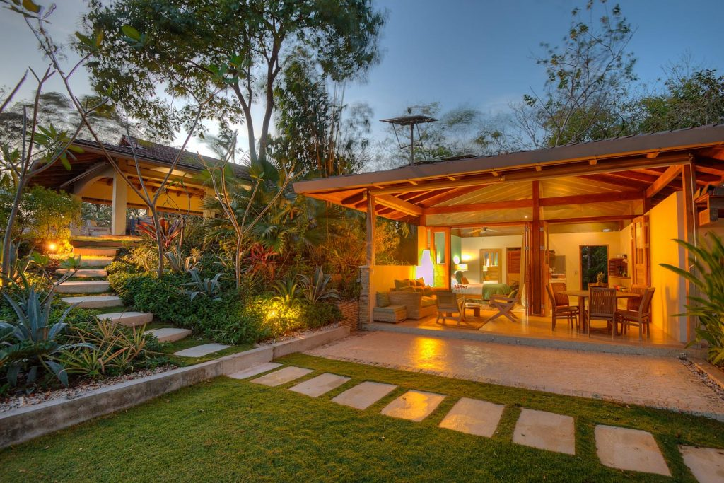 luxury-villa-costa-rica-exterior-4162244922060b49c4475e27-jpg
