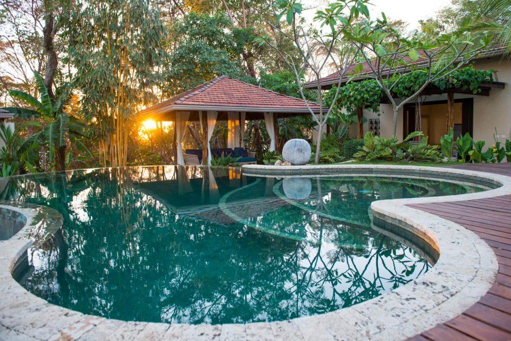 luxury-villa-costa-rica-pool-4162244922460b49c48e2ea9-jpg