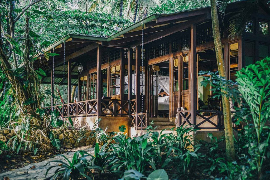 luxury-villa-santa-teresa-main-exterior162244927860b49c7e649f3-jpeg