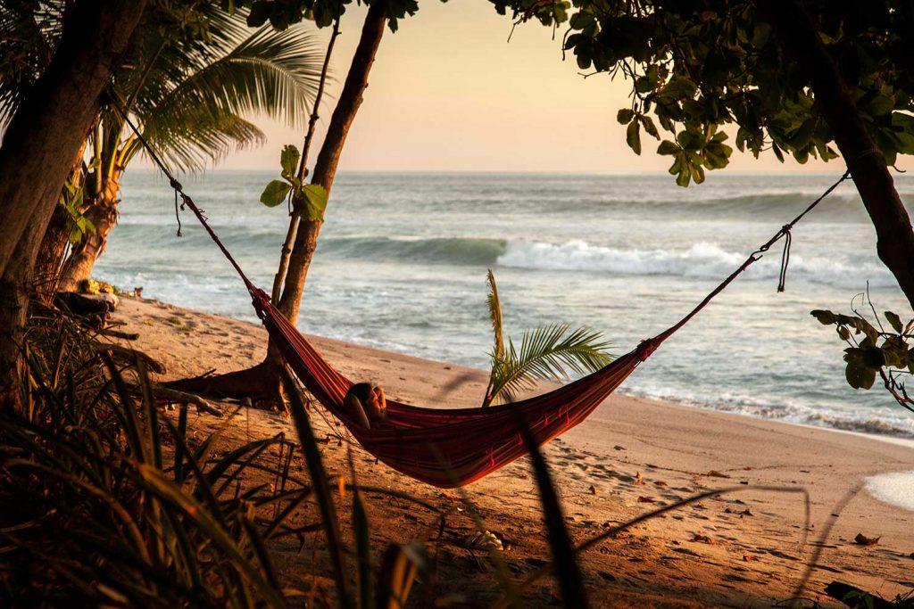 luxury-beach-house-resort-beach-view162244928060b49c80d8f3c-jpeg