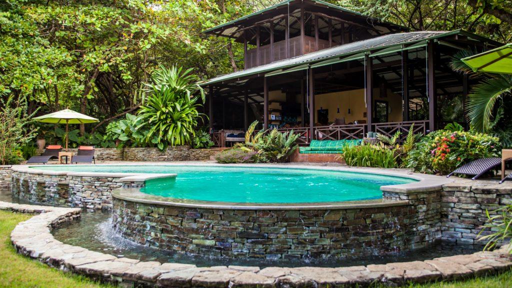 luxury-villa-santa-teresa-swimming-pool-1162244928260b49c82d1da2-jpg
