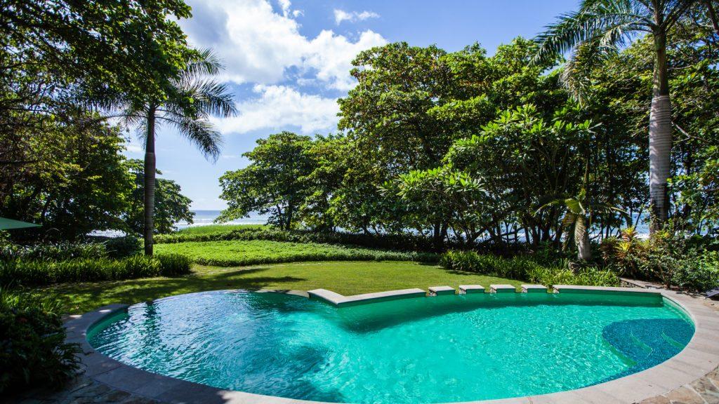 luxury-villa-santa-teresa-swimming-pool-3162244928660b49c86a682f-jpg