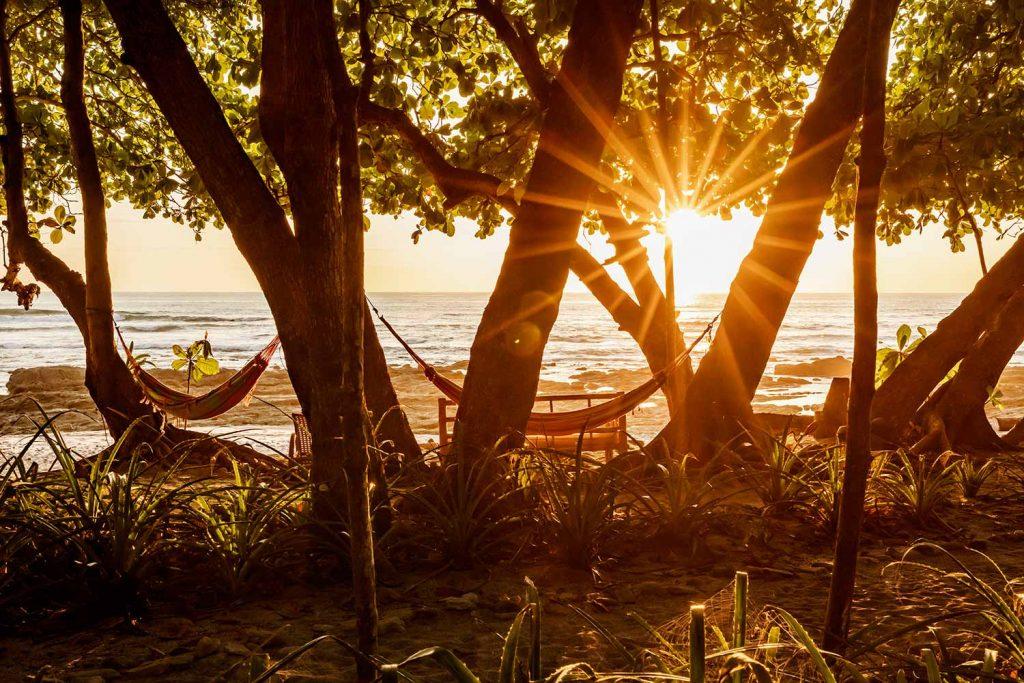 luxury-beach-house-resort-view162244929060b49c8af28ab-jpeg