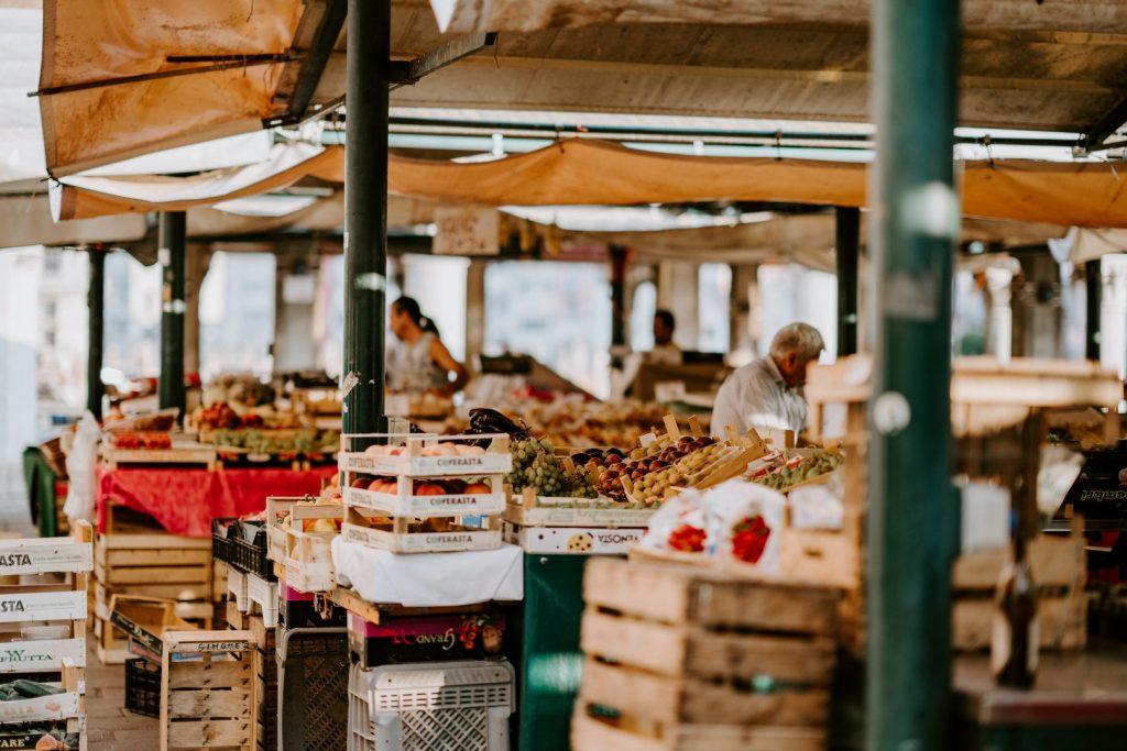 market-things-to-do-162244945660b49d303d488-jpg