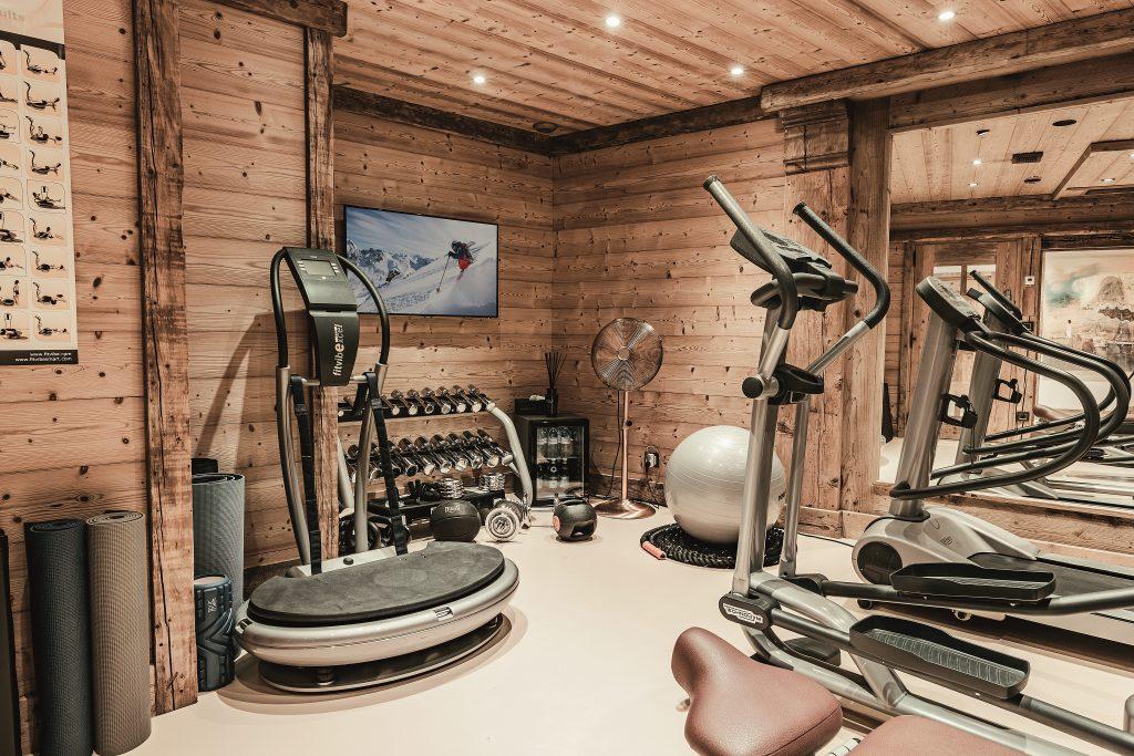 gym-pearl-2162245145060b4a4faa00a0-jpg