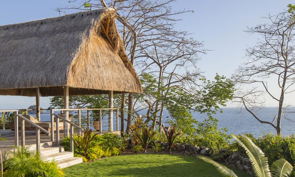 panama-private-ecological-island-crisp-linen-sheets-romantic-getway-garden162245333460b4ac5603f01-jpg