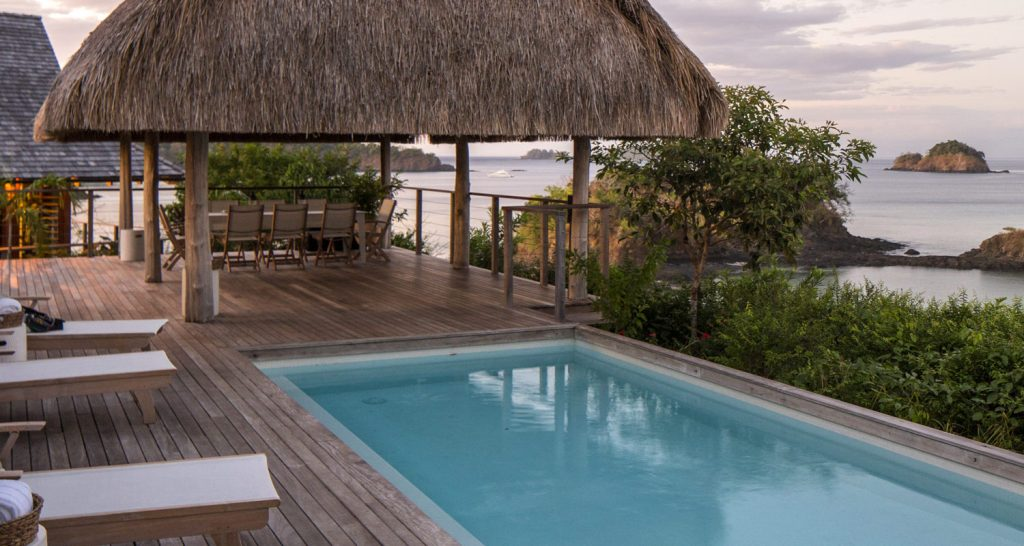 panama-private-ecological-island-crisp-linen-sheets-romantic-getway-pool-with-sea-view162245333560b4ac5775a97-jpg