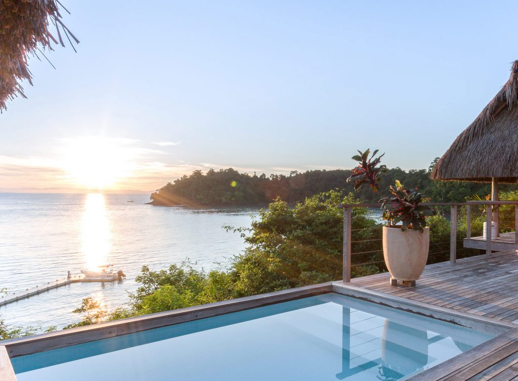panama-private-ecological-island-crisp-linen-sheets-romantic-getway-swimming-pool-with-sea-view162245333760b4ac5970921-jpg