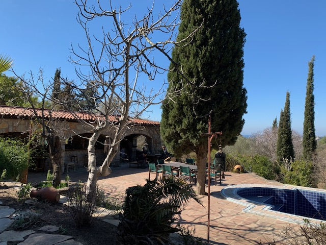 luxury-villa-view-162245451760b4b0f59fc90-jpg