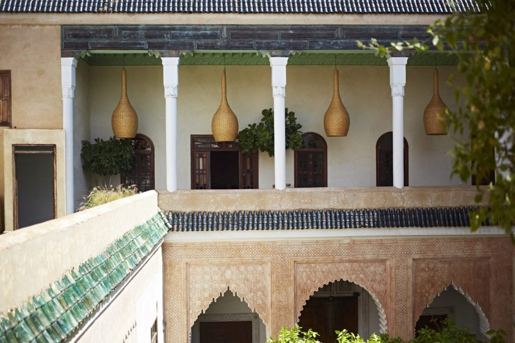 boutique-hotel-moroccan-plants-courtyard-yellow-morrocan-lamps-sweet-smell-great-views-swimming-pools-gardens-exterior-8162245465260b4b17c53346-jpg