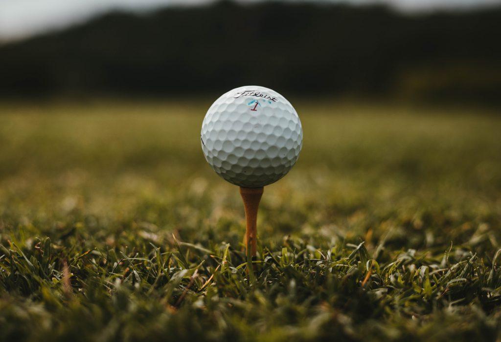 golf162245619560b4b783a36f7-jpg