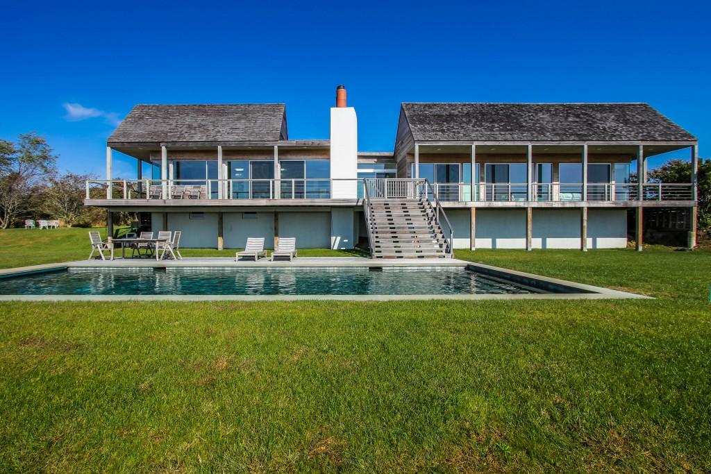 luxury-house-montauk-exterior162245619960b4b787aa40c-jpg