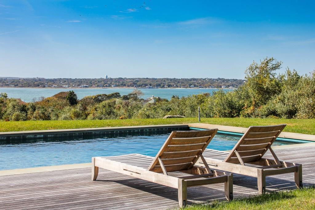luxury-house-sea-views-montauk-swimming-pool-1-162245622260b4b79e3b235-jpg