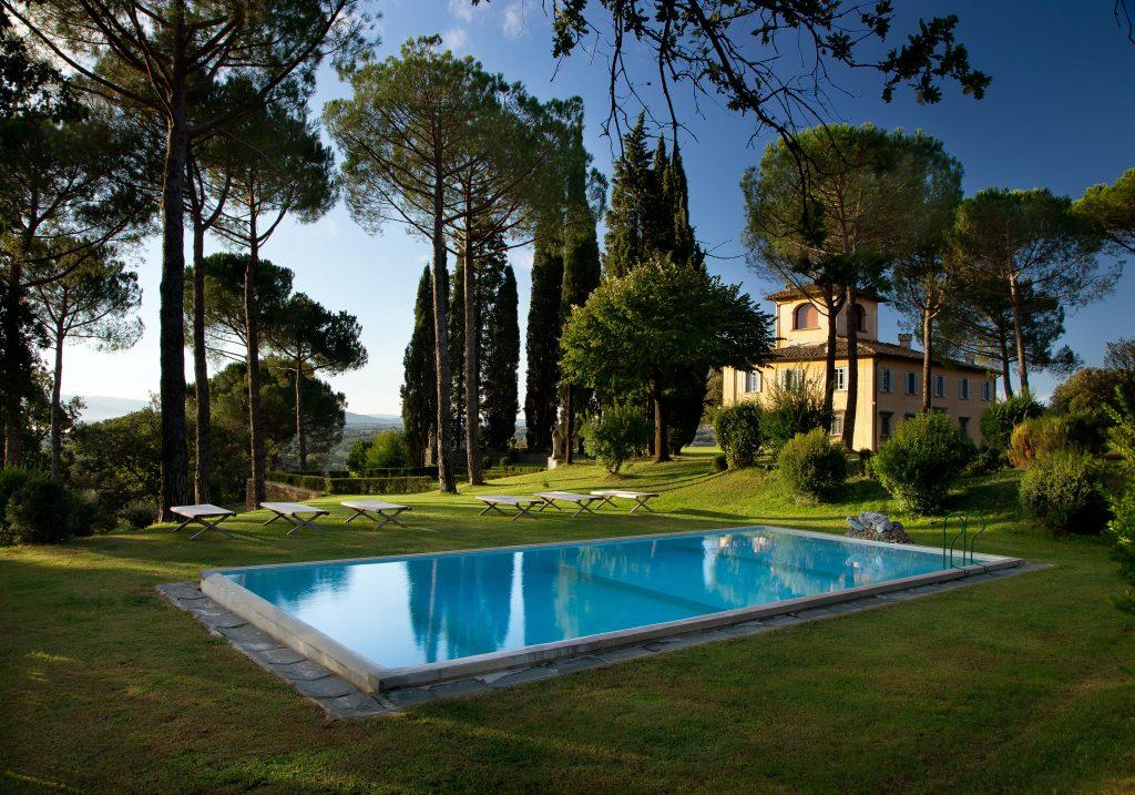 avenue-villa-la-tavernaccia-swimming-pool-2